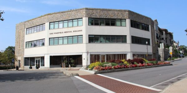 admiral real estate - 1 pondfield road bronxville medical office third floor -M