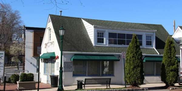 admiral real estate - 716 saw mill river road ardsley restaurant retail street front office 12